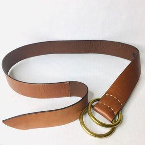 3/$50 Gap cognac leather double brass ring belt M
